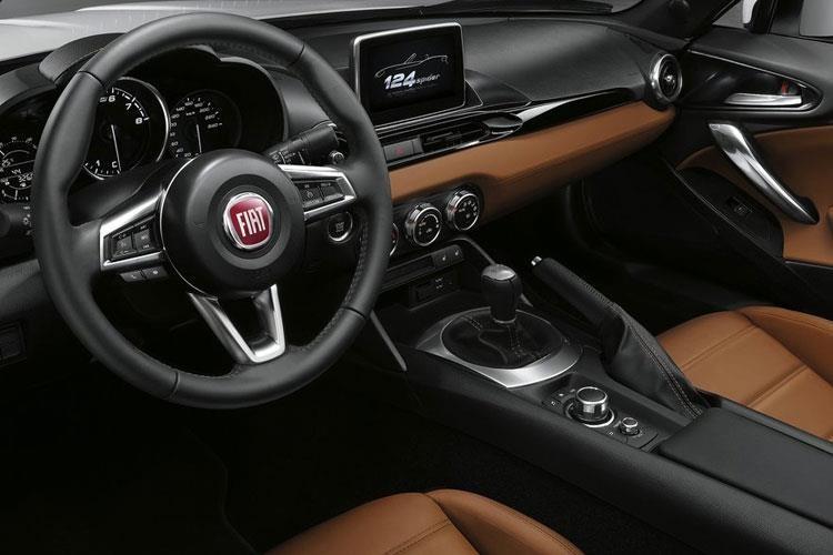 Fiat 124 Spider Convertible 1.4 Multiair 140 Lusso Plus Auto