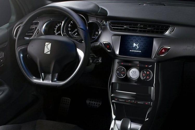 DS Automobiles 3 Cabriolet 1.2 Puretech 110 Performance Line Start+Stop