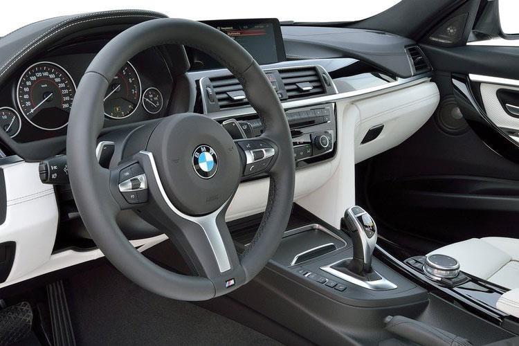 BMW 3 Series Saloon 320i Saloon 2.0 M Sport Shadow Edition Auto