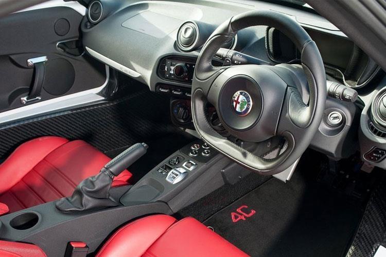 Alfa Romeo 4C Coupe 2 Door Coupe 1.8 TBi Alfa Tct