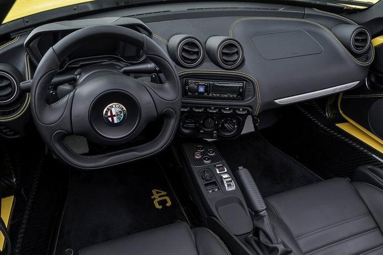 Alfa Romeo 4C Spider Spider 2 Door 1.75 Turbo 240HP 50TH Tct
