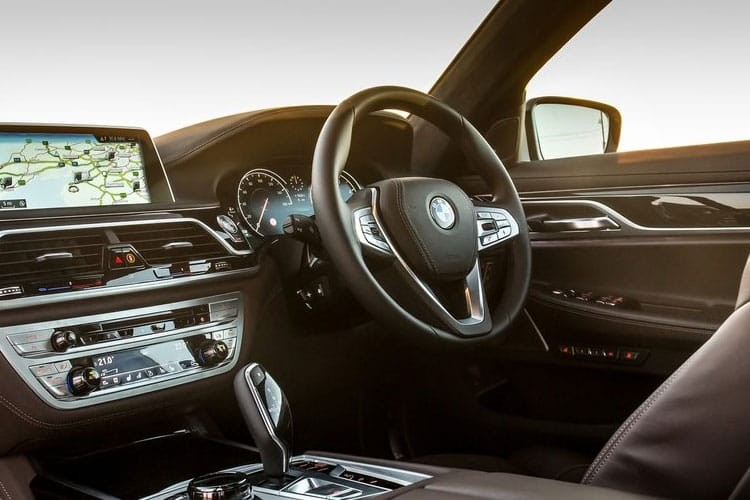 BMW 7 Series Saloon 740i 3.0 M Sport Auto LCI          G11