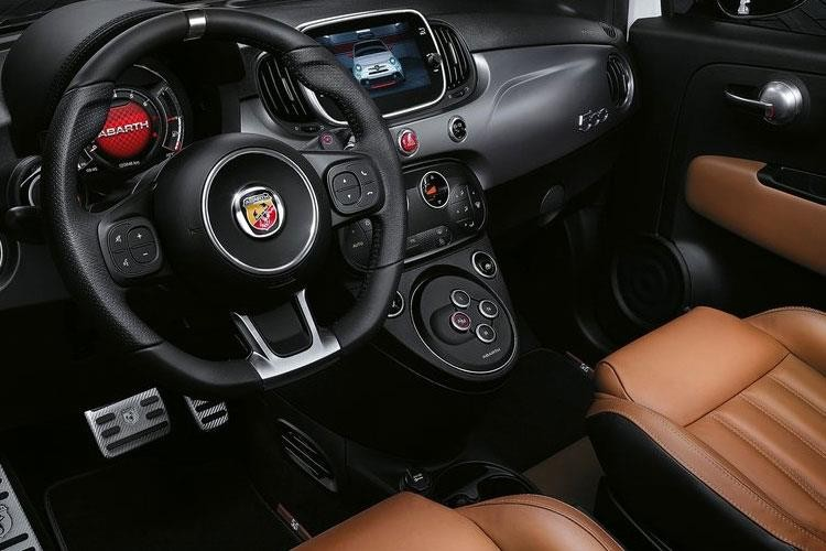 Fiat Abarth Hatchback 695 Hatch 1.4 T-Jet 180hp Rivale Auto