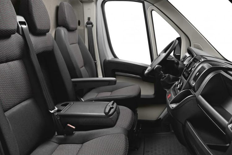 Peugeot Boxer Van 333 L1 Chassis Cab 2.0 BlueHDi 110