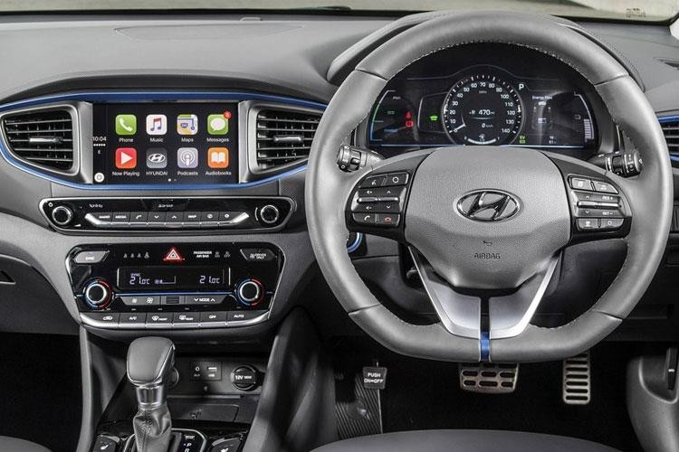 Hyundai Ioniq Hatchback Hatch 28kWh Electric Premium SE