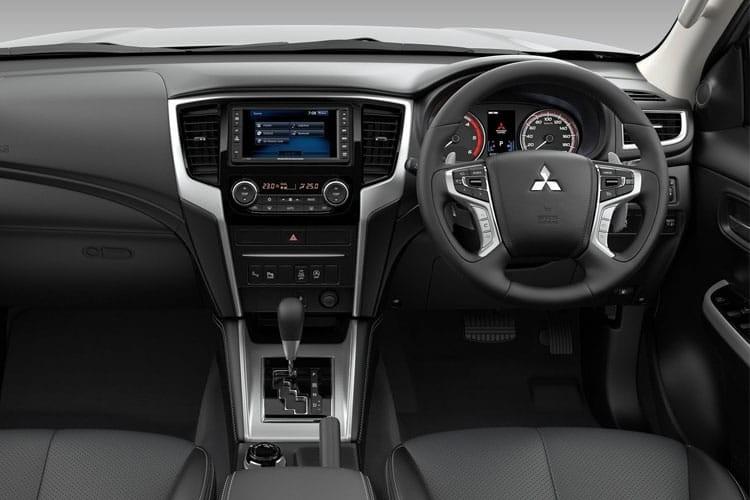 Mitsubishi L200 Van Pick Up 2.2DI-D 4LIFE Club Cab 4Drive